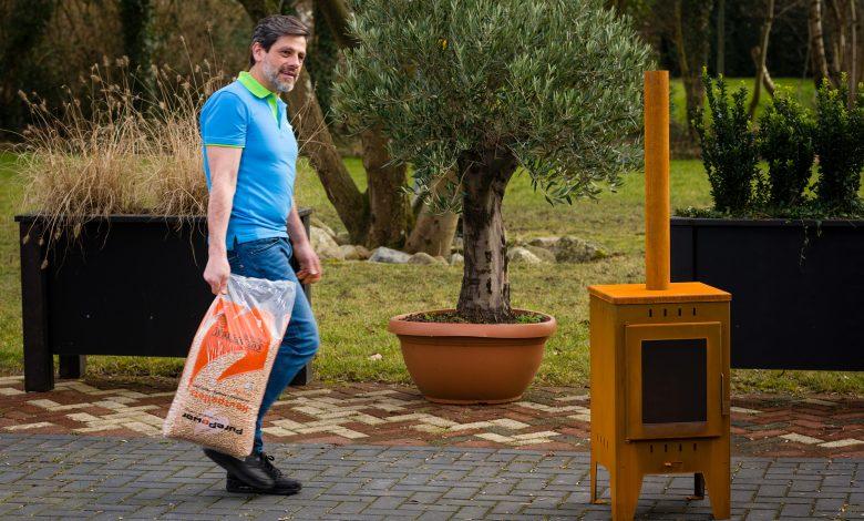 Photo of Bespaar gaskosten met een pelletkachel voor buiten!